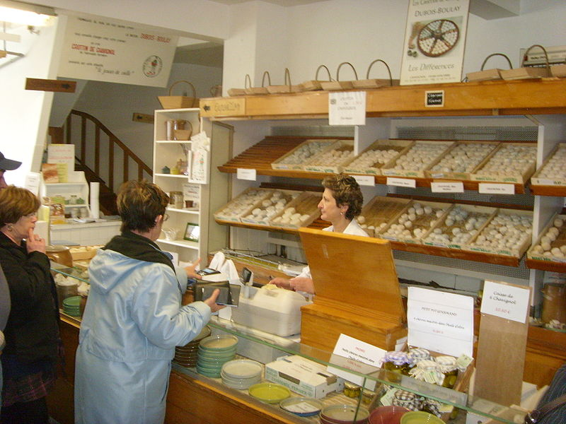 800px-Fromagerie_in_Chavignol