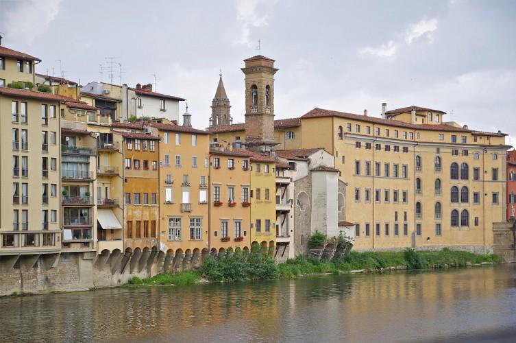 フィレンツェとハンカチ