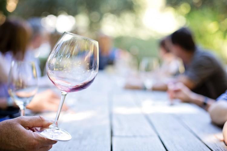 ワインとディナー・ジャケット
